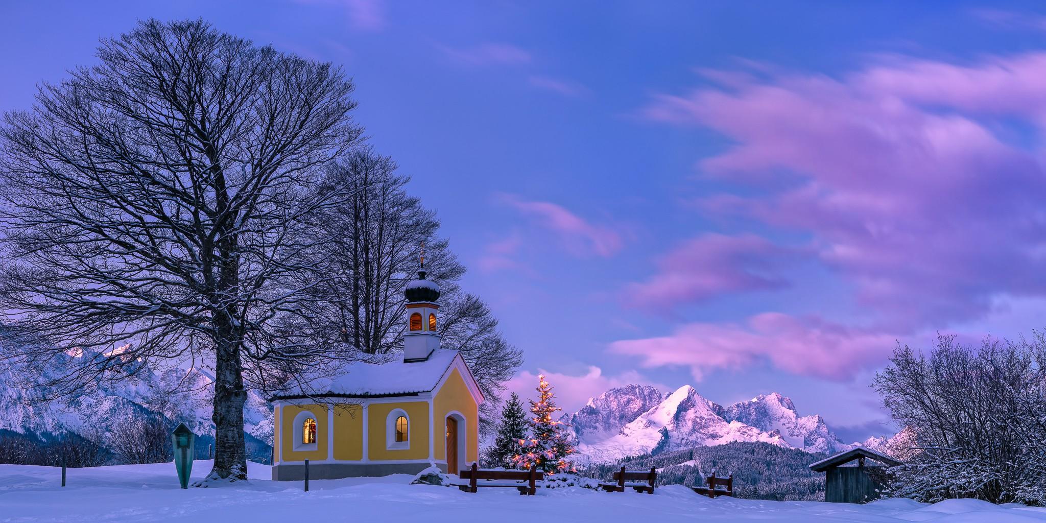 Weihnachten - Morgen an der Kapelle