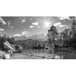 Eibsee - Zugspitze - schwarz weiß