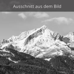 Alpspitze Garmisch-Partenkirchen schwarz weiß Frühjahr