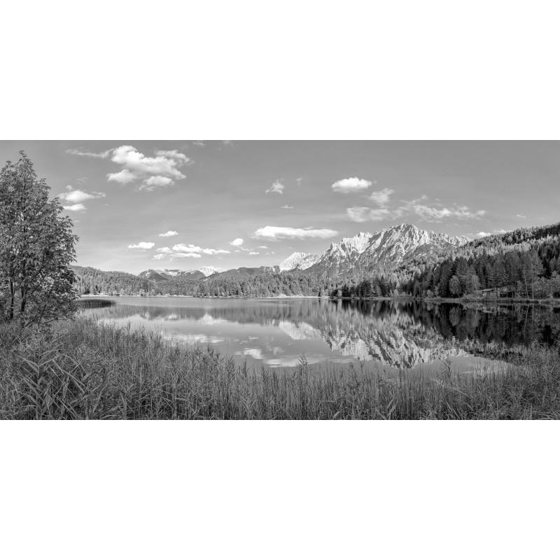 Lautersee mit Karwendel-Spiegelung sw