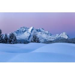 Buckelwiesen im Winter - Alpspitze in der blauen Stunde