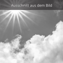 Wolkenspiel mit Sonnenstern