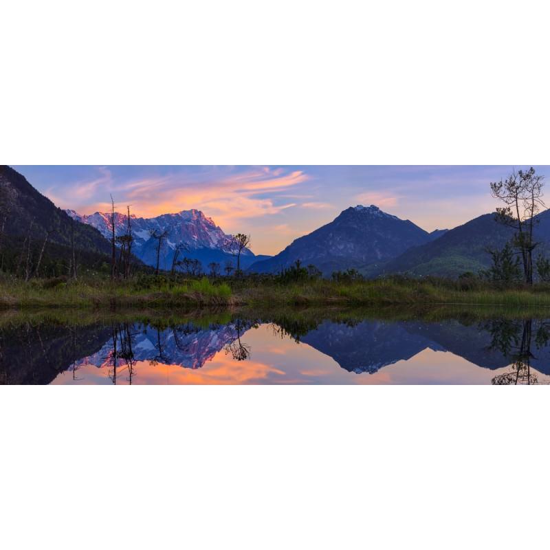 Sieben Quellen - Zugspitze gespiegelt - Panorama