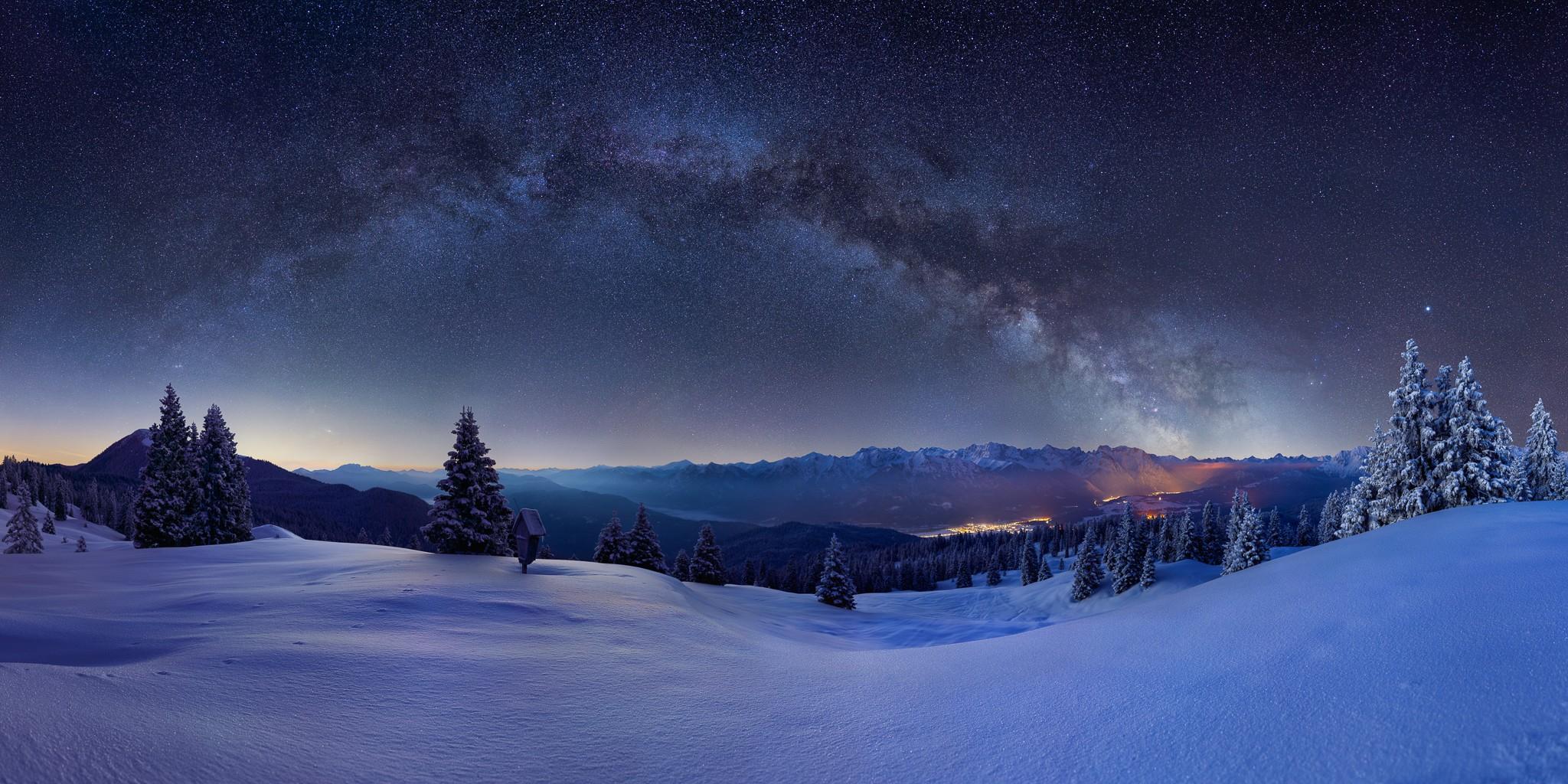 Milchstraße über dem Karwendel - Winterlandschaft