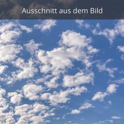 weiß blauer Himmel